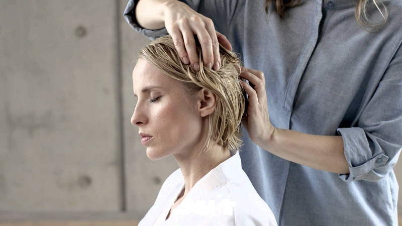 Get professional hair massage